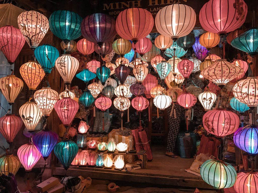 Lantern Souvenir Traveling